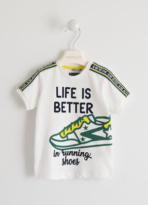 "T-shirt 100% cotone ""Life is Better"""